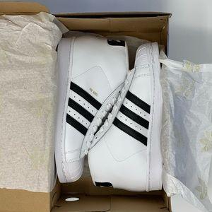 e34cea4c249 adidas Shoes - 🆕 adidas Pro Model Mid - Black White Gold